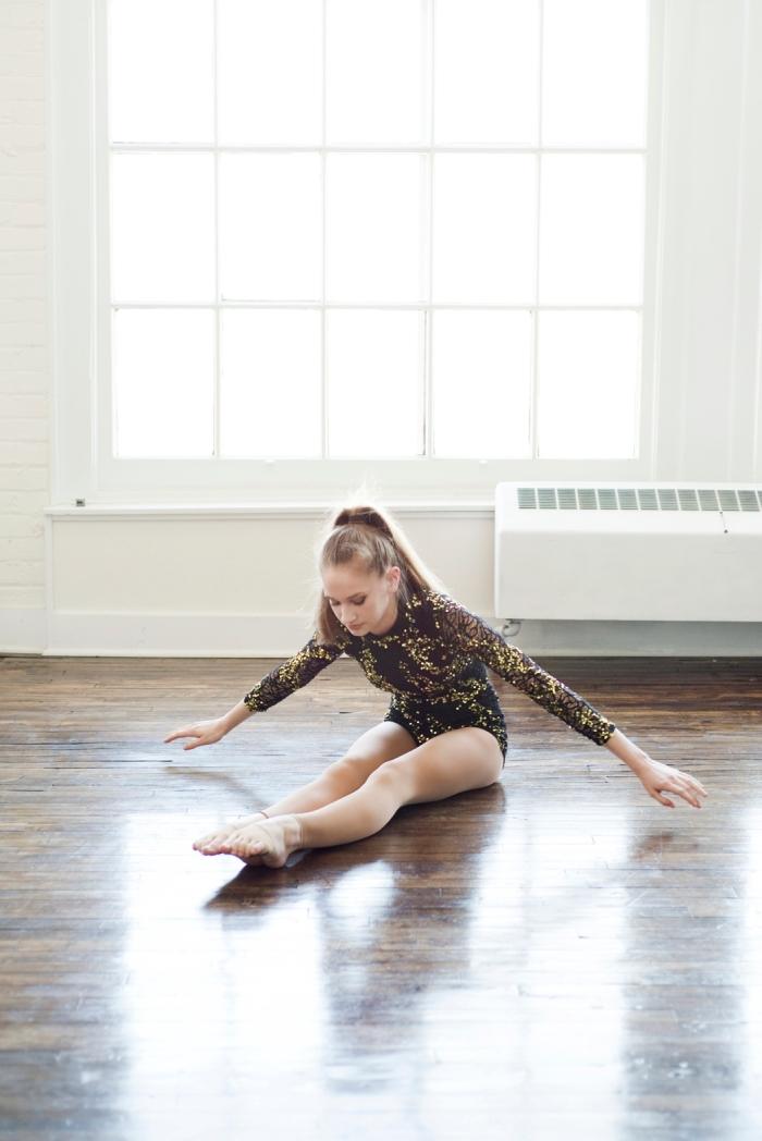 Stretch- Dance-by-Ashley-Lynn-Photography (1)