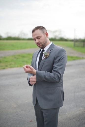 Honey Farm Wedding Reception Venue Dayton Ohio by Ashley Lynn Photography (25)
