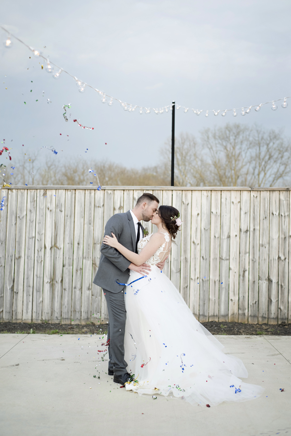 Honey Farm Wedding Reception Venue Dayton Ohio by Ashley Lynn Photography (41)