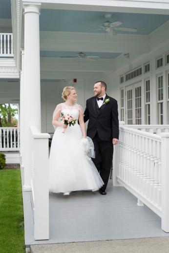 Mills_Park_Hotel_Yellow_Springs_Wedding_by_Ashley_Lynn_Photography (22)