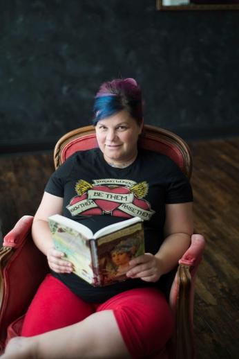 1015Dayton_Ohio_Book_Maternity_Session_By_Ashley_Lynn_Photography