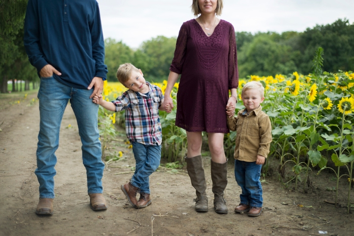 Family-Session-Sunflower-Field-by-Ashley-Lynn-Photography-1009