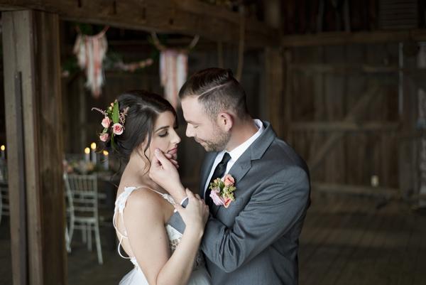 Honey Farm Wedding Reception Venue Dayton Ohio by Ashley Lynn Photography (13)