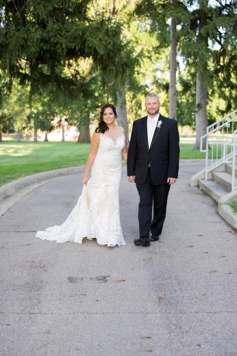 1017_Dayton_Ohio_Garden_Wedding_by_Ashley_Lynn_Photography